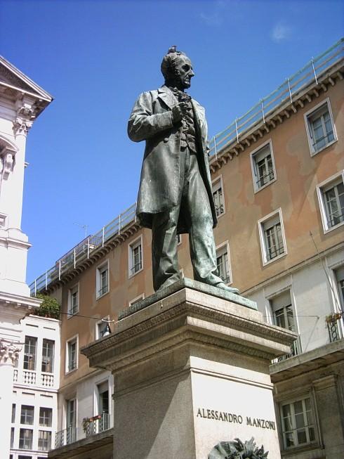 Alessandro_Manzoni_statue