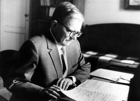 T7386_Dmitri-Shostakovich-Russian-pianist-composer
