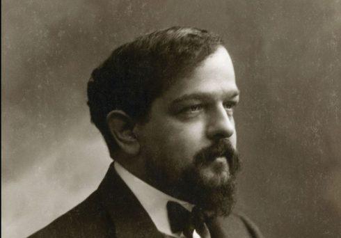 Claude_Debussy_ca_1908_foto_av_Félix_Nadar-e1498753657692
